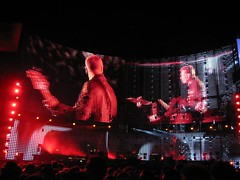 Red Background, U2