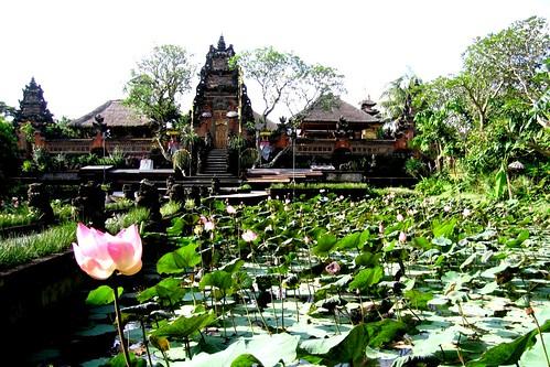 Saraswati Hindu Temple - Ubud, Bali