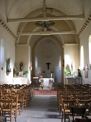 intérieur église (CHAPEAU,FR03)