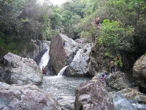 6 r os y cascadas para visitar en puerto rico for Turismo interno p r