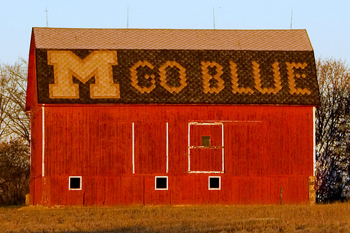 morning red sun sign tag3 taggedout barn sunrise words hp tag2 tag1 michigan annarbor m cp fc goblue unverisityofmichigan kathy~