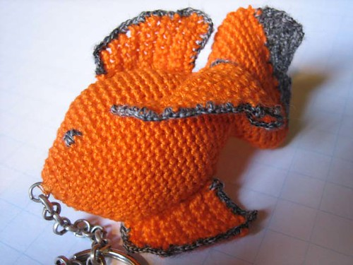 crocheted fishkeychain upclose
