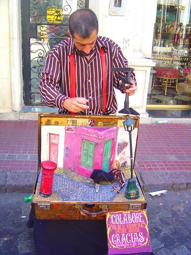 O melhor marionete - Buenos Aires by Jeka Toyota