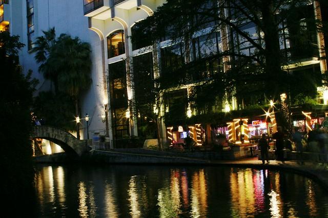Hilton Palacio Del Rio At Night Riverwalk San Antonio