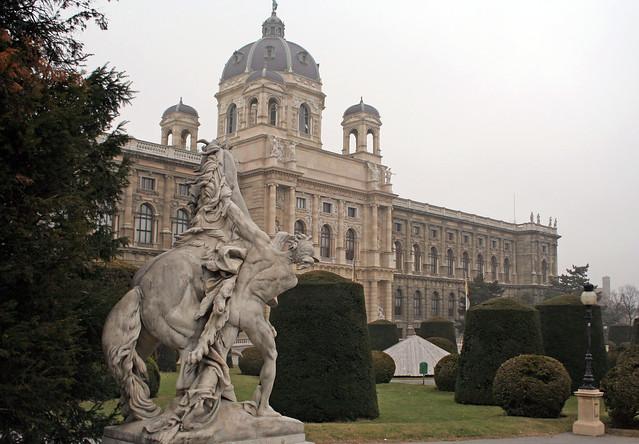 Kunsthistorisches Museum by flickr user ahisgett