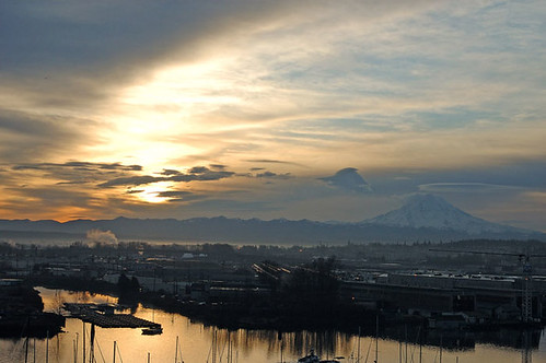 sunrise rainier cascades tacoma theafosswaterway portoftacoma
