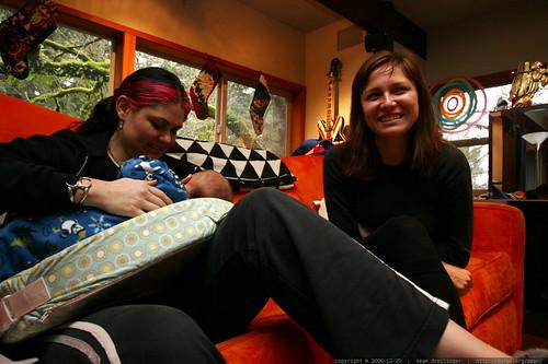 aunt megan discusses breastfeeding    MG 7682
