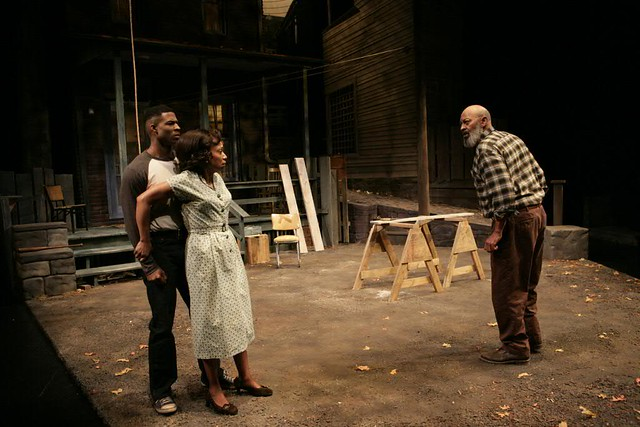 fence story by august wilson essay Fences is a 1985 play by american playwright august wilson set in the 1950s, it  is the sixth in wilson's ten-part pittsburgh cycle like all of the pittsburgh.