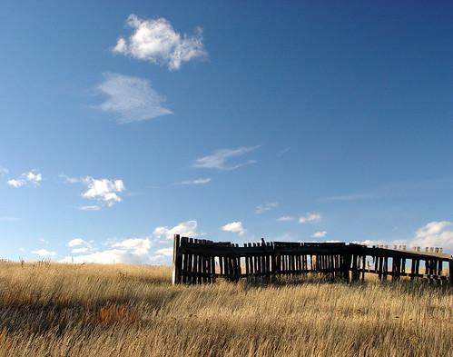abandoned fence colorado rustic blackforest canon30d elpasocounty impressedbeauty jgevans snoshuu lensefs1785mmf45f56isusm