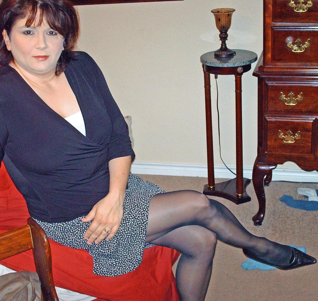 Mature erotica ladies in girdles