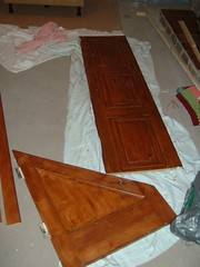 Staining a wooden internal door