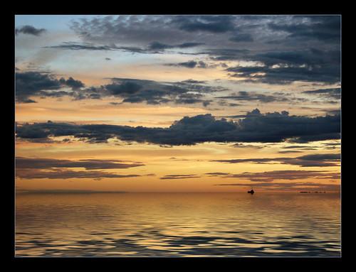 blue sunset red color composition ambient nicolet québec centreduquébec