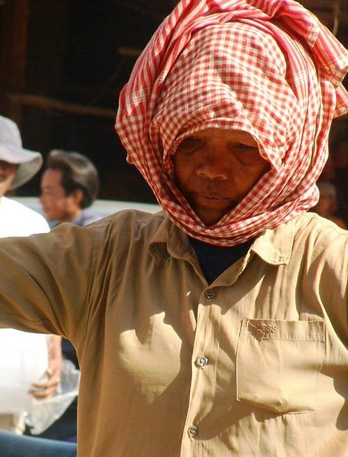 Female Road Worker wearing Khymer Scarf (PTD Gadling.com Dec. 19/06)