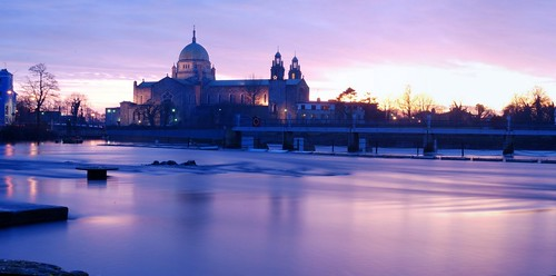 sunset autostitch panorama galway river corrib slow shutter christmas06 d80