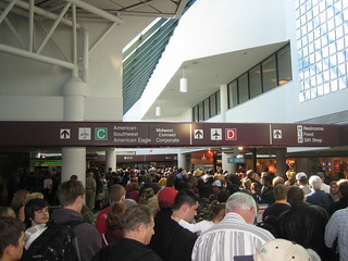 airport crowd - 1