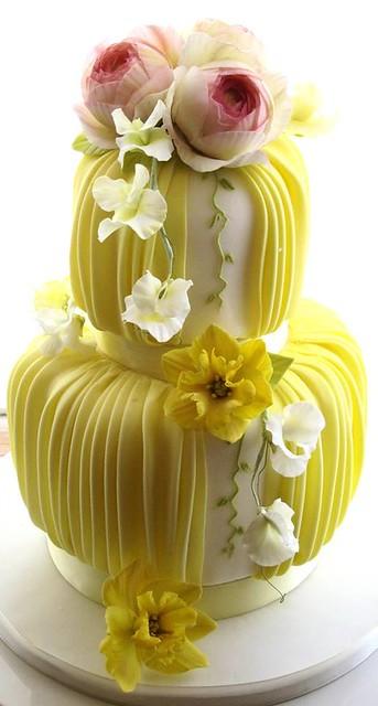Cake by Naomi yamamoto sugarcraft studio