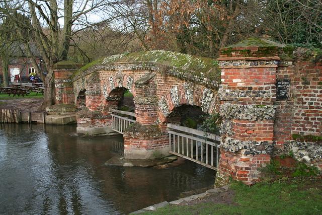 Farningham United Kingdom  city pictures gallery : Bridge over the river Darent at Farningham | Explore davepat ...