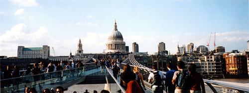 millenium-bridge-panorama