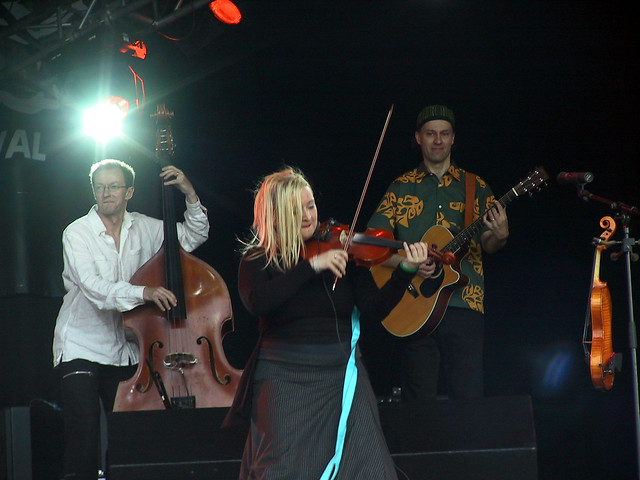Eliza Carthy with Värttinä