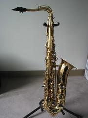 string instrument(0.0), guitar(0.0), euphonium(0.0), types of trombone(0.0), bass guitar(0.0), string instrument(0.0), reed instrument(1.0), trumpet(1.0), baritone saxophone(1.0), brass instrument(1.0), wind instrument(1.0),