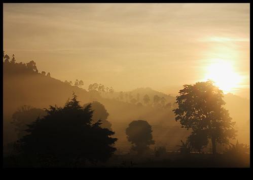 java bandung indonesia sunrise sun landscape geolat68371 geolon1076344 geotagged