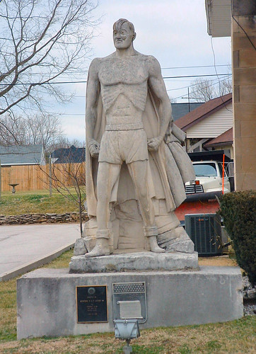 Joe Palooka statue in Oolitic, Indiana