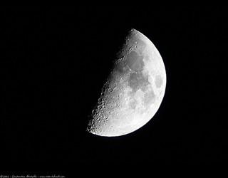 moon (handheld) - 無料写真検索fotoq