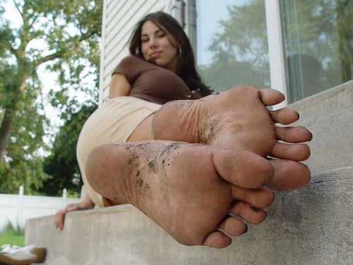 Foot gallery lick