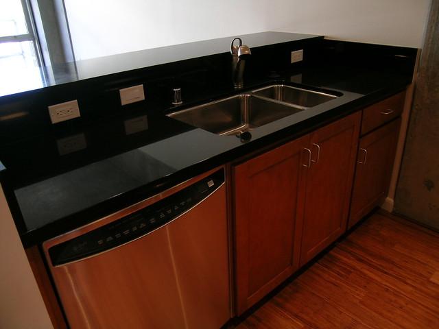 Kitchen sink, dishwasher, bar counter | Flickr - Photo Sharing!