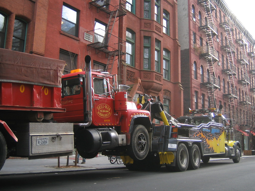 Two Trucks, Mating