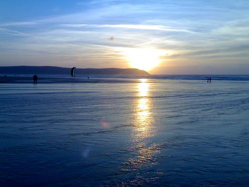 Woolacombe beach, Devon - flckr - markhillary