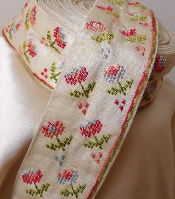 Silk Handmade Embroidery Art Pa Christmas Craft Show
