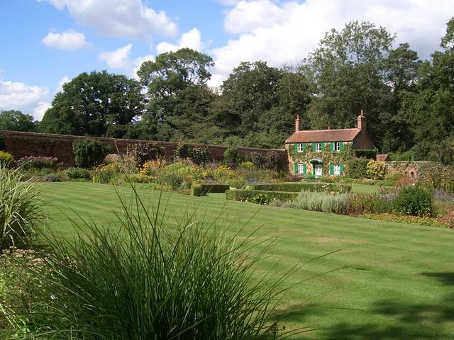 Hoveton Hall Gardens, Norfolk, August 2006