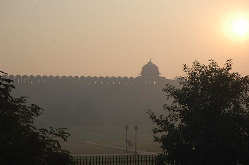red india sunrise fort delhi