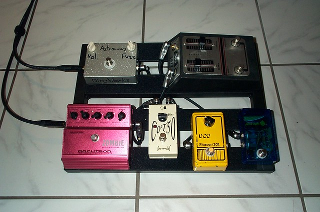 Photo:Pedalboard v1 By germanium