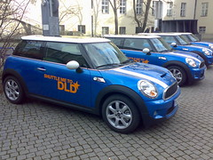 automobile, mini cooper, automotive exterior, wheel, vehicle, mini e, mini, subcompact car, land vehicle, luxury vehicle,