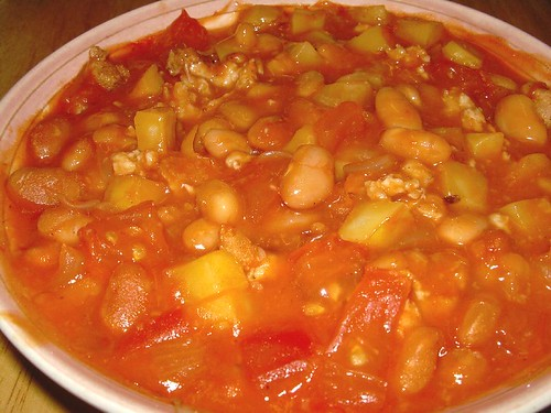 Baked Beans With Minced Pork And Potatoes Delicious