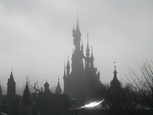 paris france castle fog sunrise disneyland foggy disney eurodisney sfumato