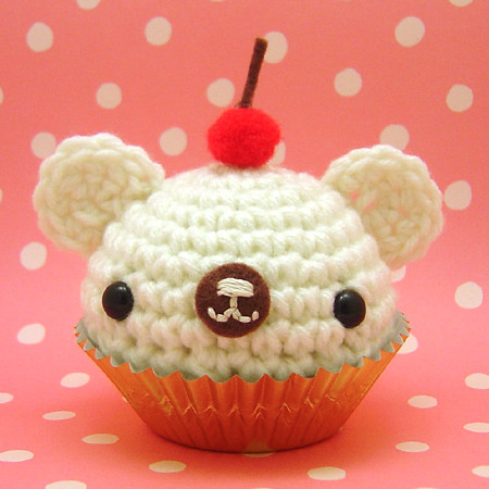 Amigurumi White cupcake bear with cherry on top Flickr ...