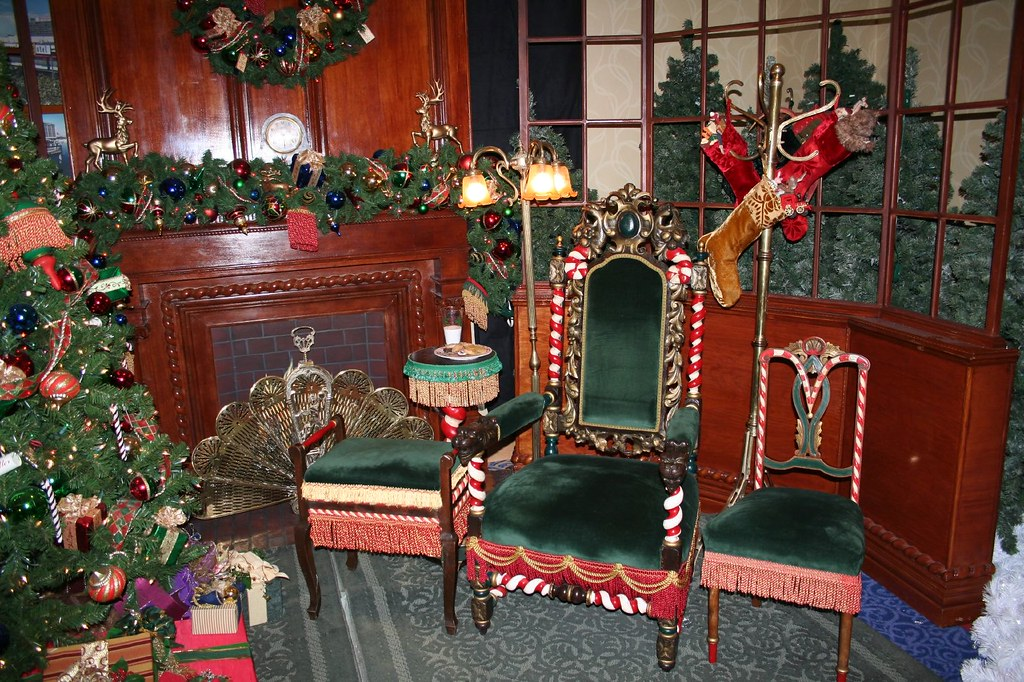 Santa's Chair at the Disneyland Hotel