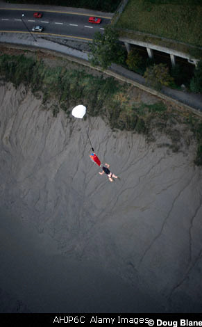 BASE Jumping © Doug Blane AHJP6C | Flickr - Photo Sharing!: flickr.com/photos/13021029@n00/330328255
