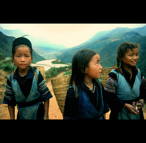 girls from the hill tribes of Vietnam
