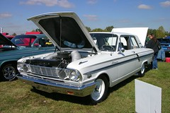 ford galaxie(0.0), convertible(0.0), automobile(1.0), automotive exterior(1.0), vehicle(1.0), compact car(1.0), antique car(1.0), sedan(1.0), ford falcon (australian version)(1.0), vintage car(1.0), land vehicle(1.0),