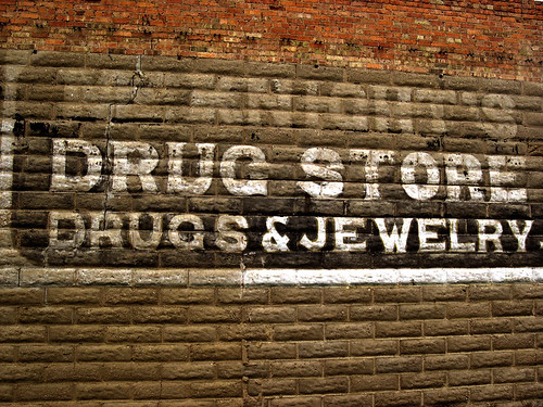 travel brick sign wall vermont jewelry drugs drugstore fairhaven kxlly