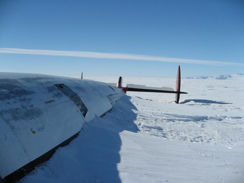 Avión Pegasus enterrado