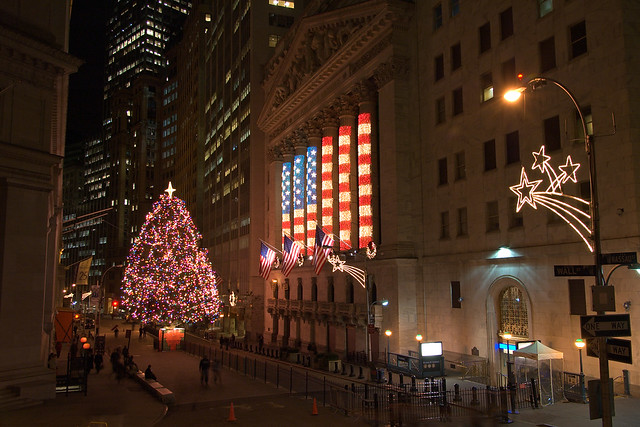 Christmas tree and american flag holiday lights at nyse wide view