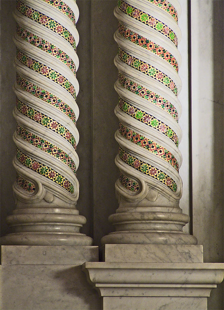 Cathedral Basilica of Saint Louis, in Saint Louis, Missouri - Our Lady's Chapel - column detail.jpg