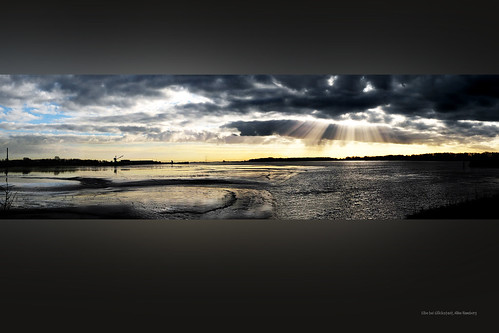 sunset panorama sun water clouds river landscape geotagged ilovenature rays sunrays elbe cleanit geo:lat=53794808 geo:lon=9403675 selection4charlie