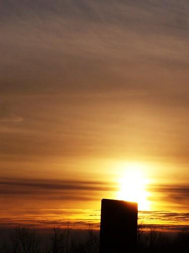 sunset red cloud sun sign sunrise horizon hazy
