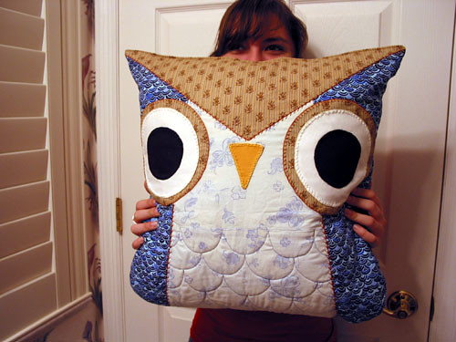 How To Make Cute Owl Pillows : Owl Pillow - Craftgrrl - Where Crafters Unite!